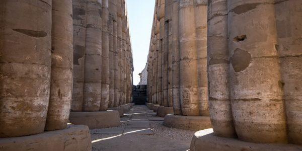colonnade-luxor-temple_65844-34