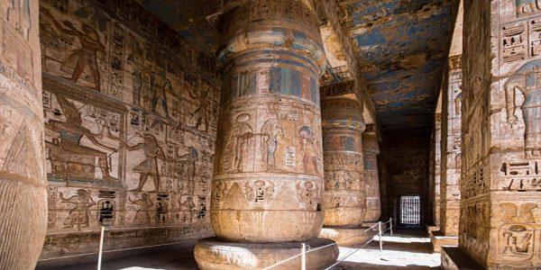 habu-temple_65844-54