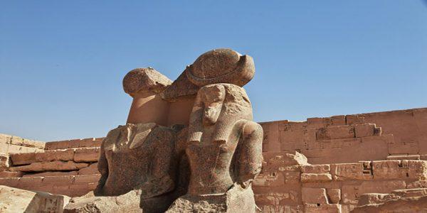 temple-medinet-habu-luxor-egypt_134785-724