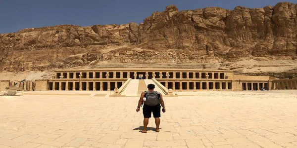 valley-of-the-kings-egypt_t20_rReBjb