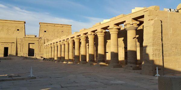 philae-temple_t20_x6yBPQ